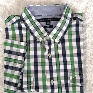 Tommy Hilfiger Shirts - Tommy Hilfiger Men's Large Button Down Shirt